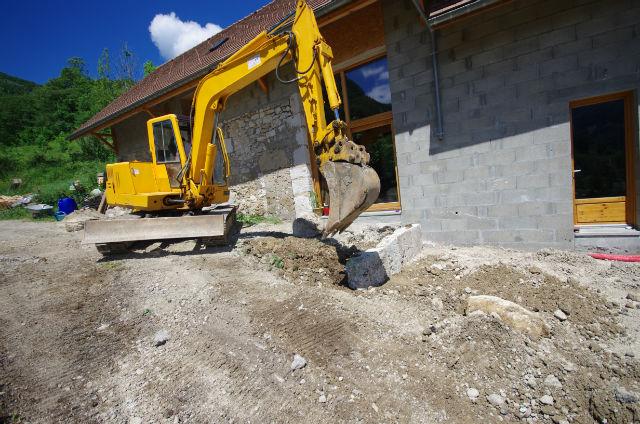 Pour un terrassement réussi, faire appel à une société de terrassement/enrochement est gage de sécurité et de valeur ajoutée.